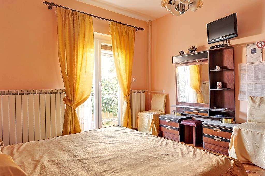 Camere ana rovinj rovigno istria croazia for Camere croazia