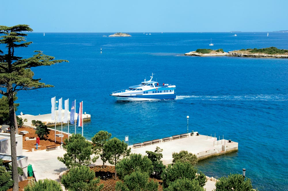 Albergo island hotel istra rovinj rovigno istria for Alberghi rovigno croazia